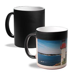 Mug photo Magique. Avec le mug magique, surprenez vos proches tous les matins ! Il vous suffira de créer votre mug : simple ou panorama en choi