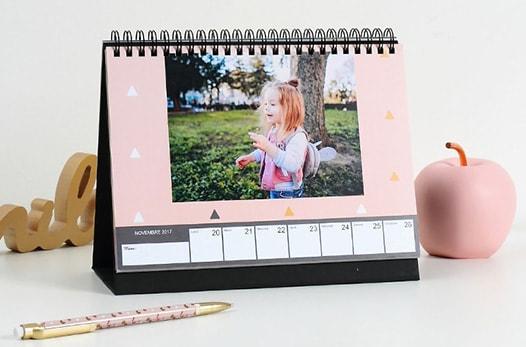 Calendrier de bureau optez pour le calendrier bureau avec vos photos - Calendrier photo de bureau ...